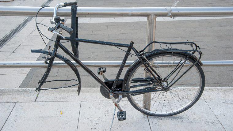 ホイールを盗難された自転車