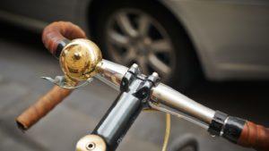 ロードバイクにおすすめのベルと取り付け位置